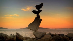 costiera-sorrentina-stone-balancing